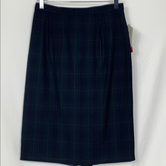 JH Collectibles Dresses & Skirts - NWT JH Collectibles navy blue plaid skirt 10 wool